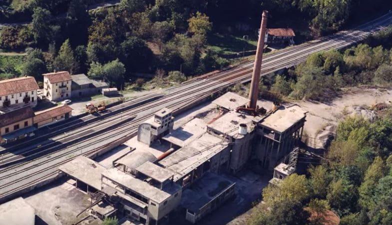 Antigua fabrica Dolomitas