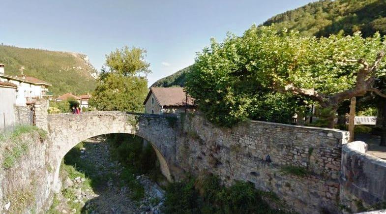 Puente Viejo de Lanestosa