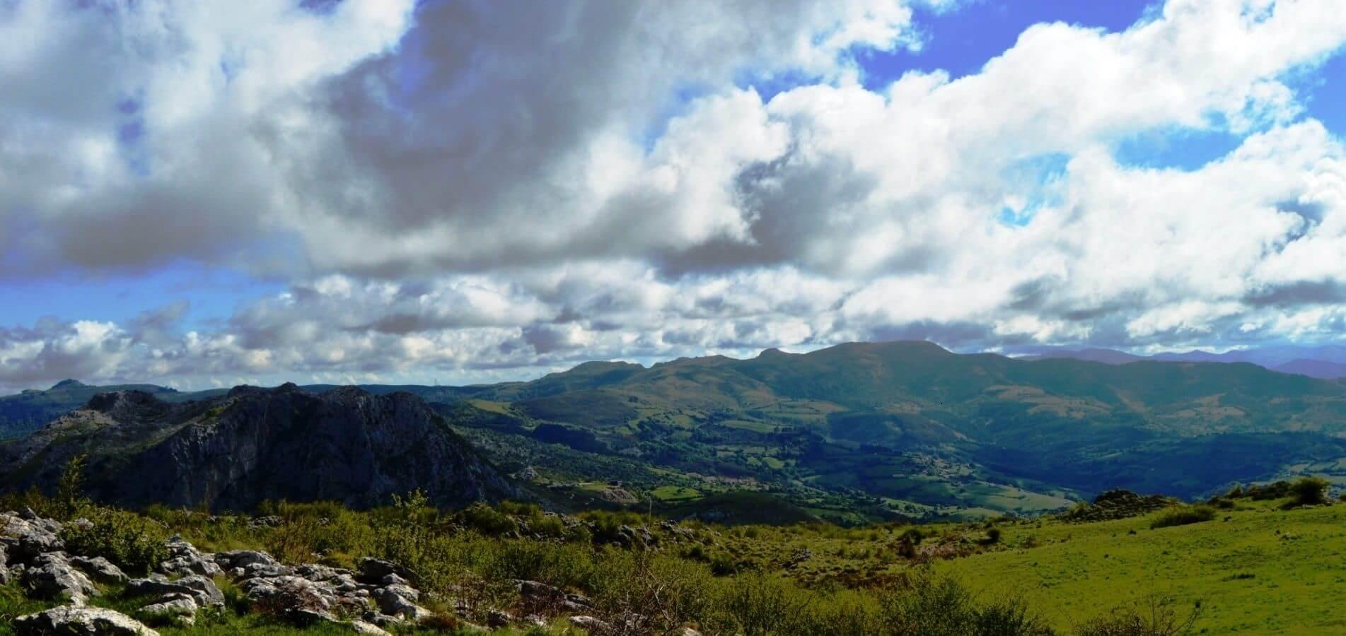 Senderismo por el Parque Natural de Armañon
